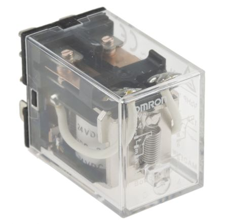 Omron DPDT Non-Latching Relay Plug In, 24V dc Coil, 10 A on