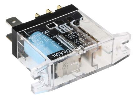 Omron SPDT Non-Latching Relay Panel Mount, 24V dc Coil, 10 A