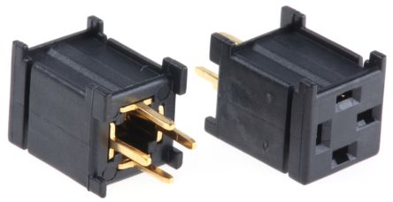 Axial PCB socket for pushbutton switch