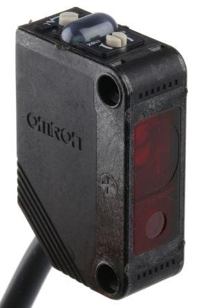 Background Suppression Distance Sensor 20 -> 300 mm Detection Range PNP IP67 Block Style E3ZLL812M product photo