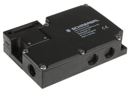 AZM 161 Solenoid Interlock Switch Power to Lock 24 V ac/dc