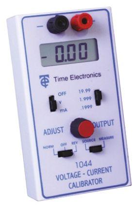 1044 Current & Voltage Calibrator 0 -> 20 mA RS Calibration product photo