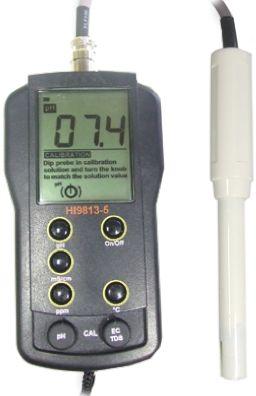 HI 9813-5N Portable pH/EC/TDS/Temp Meter
