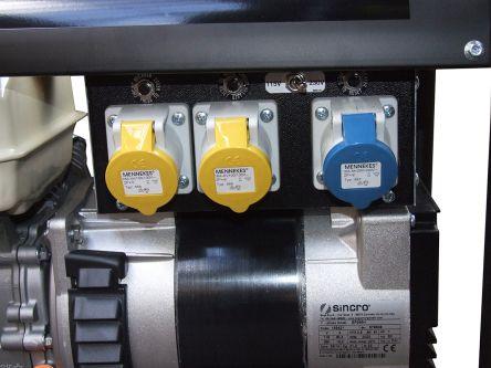 Villiers-2500VA-Portable-Generator-closeup.jpg