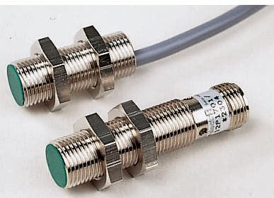 Baumer M12 x 1 Inductive Sensor PNP-NO Output, 4 mm Detection , IP67