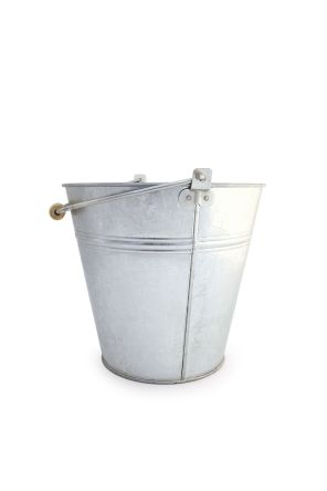 12L Galvanised Steel Bucket With Handle product photo