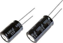Panasonic 680μF 25V dc Aluminium Electrolytic Capacitor, Through Hole 10 Dia. x 16mm +105°C 10mm 5mm
