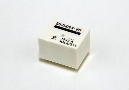 Fujitsu PCB Mount Non-Latching Relay - , 24V dc Coil, 14A Switching Current Single Pole