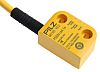 Transponder Safety Non-Contact Switch, PBT, 24 V dc