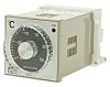 Omron E5C2 On/Off Temperature Controller, 48 x 48mm,