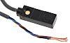 Omron Induktiver Sensor PNP-Schließer, 100 mA, Rechteckig Vorverdrahtet, Erfassungsbereich 3 mm
