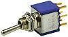 Interruptor de palanca DPST, Funcionamiento (On)-Off-(On)